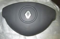 Подушка безопасности водителя в Рено Дастер